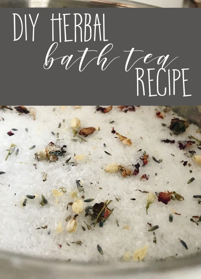 Looking for a way to unwind after a long day? This DIY herbal bath tea with soothe your skin and your mind at the same time! #diy #bathtea #selfcare