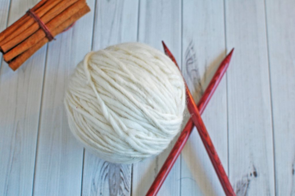 Knitting Needle and Yarn, DIY Knit Christmas Gift Ideas