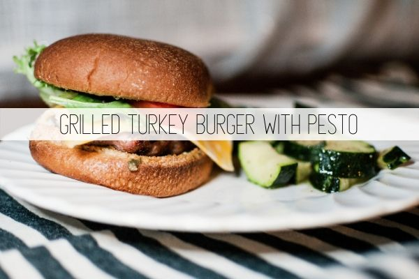 grilled turkey burger with pesto