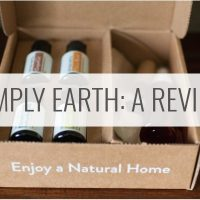 Simply Earth Review (Subscription Box + Essential Oils)